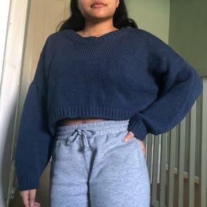Blue American Eagle cropped knit sweater